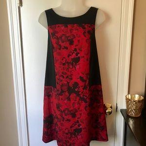 Kensie Red and Black Shift Dress Zipper Detail